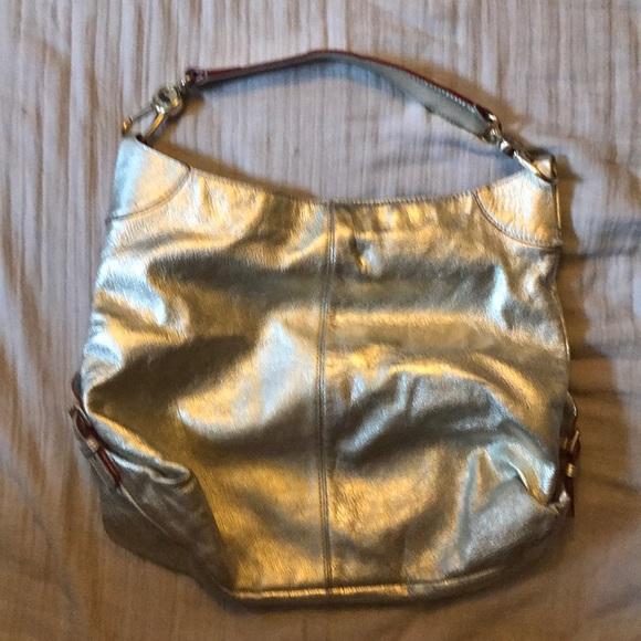Dooney & Bourke Handbags - Dooney & Bourke Hobo bag